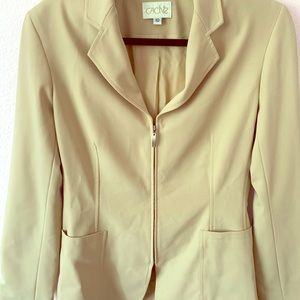 Cream zip up cache blazer